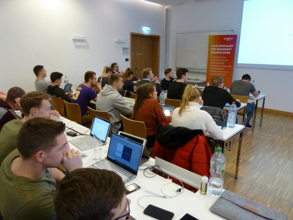 FHDW Office 365 Ziemlich Beste Freunde Marburg 2020 Publikum 03